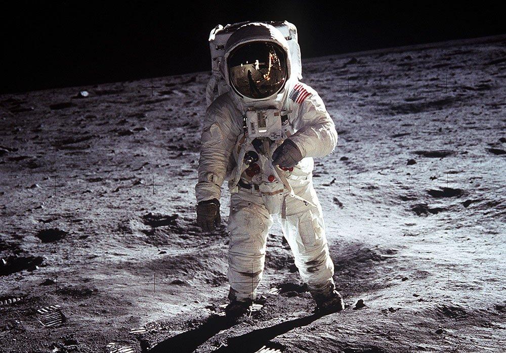 Buzz Aldrin kuukävely | ensimmäinen ihminen kuussa