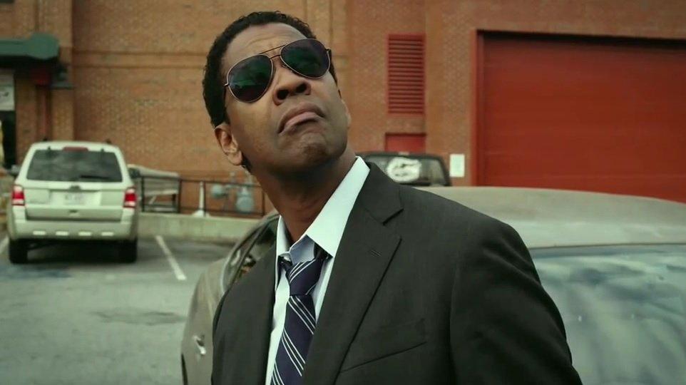 Elokuva-arvostelu Flight (Denzel Washington)