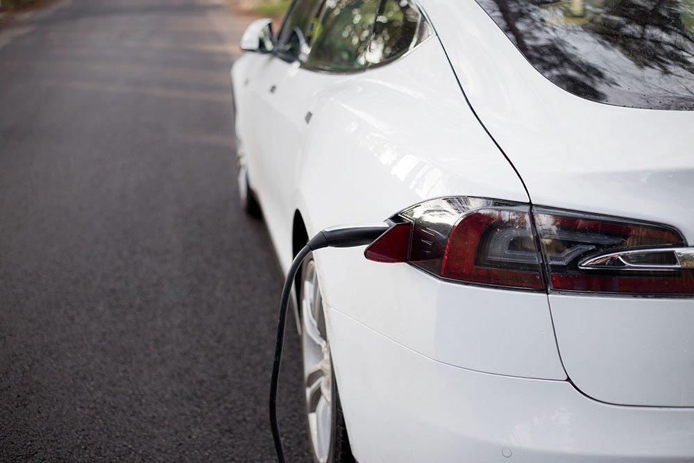 sähköautojen myynti Suomessa