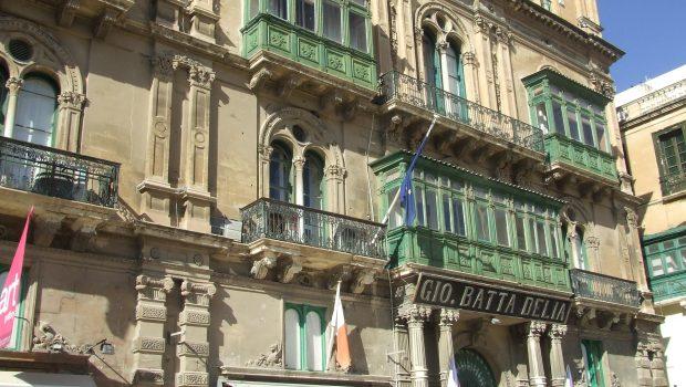 Maltalle töihin