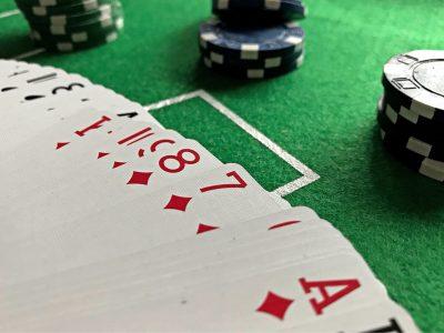 korttien-laskeminen
